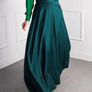 JHiva Green Maxi Skirt NWT plus size 18